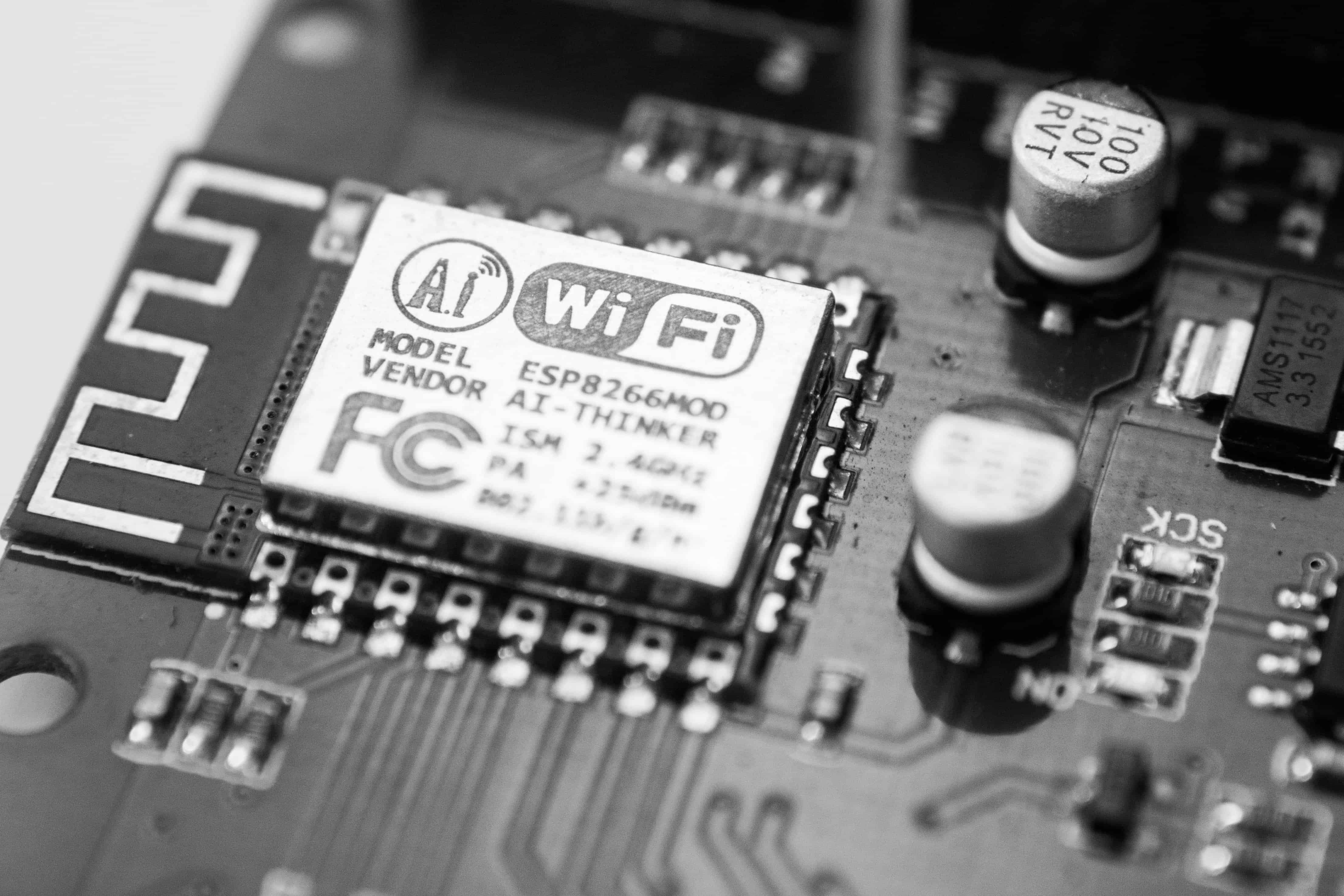frank wang 2mVEwwcao Y unsplash - Intelligent Wi-Fi: 9 Best Practices for Restaurant Captive Portals