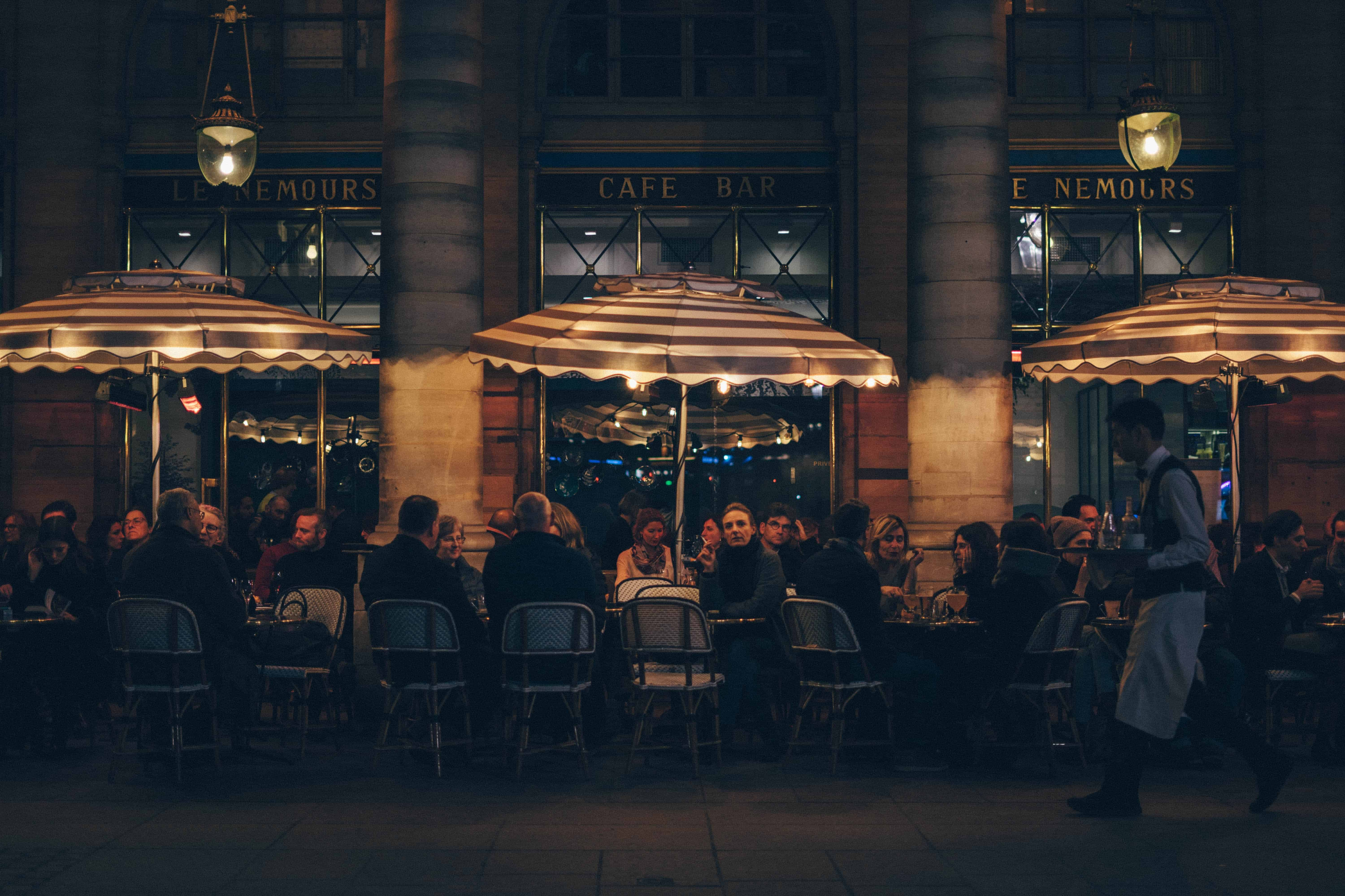 jonathan nguyen XwO0raJ2dQM unsplash - Do These 10 Things to Keep Your Patrons Coming Back To Your Restaurant